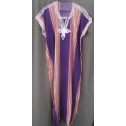 Djellaba violettes à rayures verticales