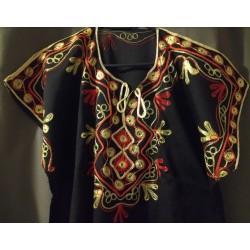 Djellaba noire à motif jaune rouge motifs